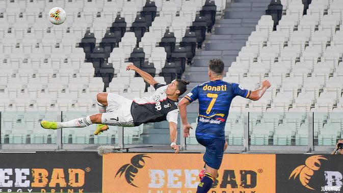 Juventus Hajar 10 Pemain Lecce 4-0, Ronaldo Bikin Gol dari Titik Penalti Lagi
