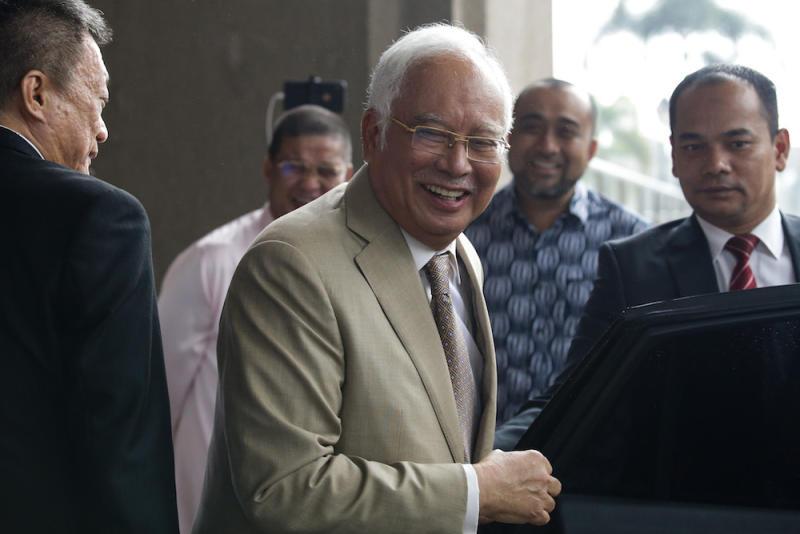 Datuk Seri Najib Razak leaves the Kuala Lumpur Court Complex May 15, 2019. — Picture by Ahmad Zamzahuri
