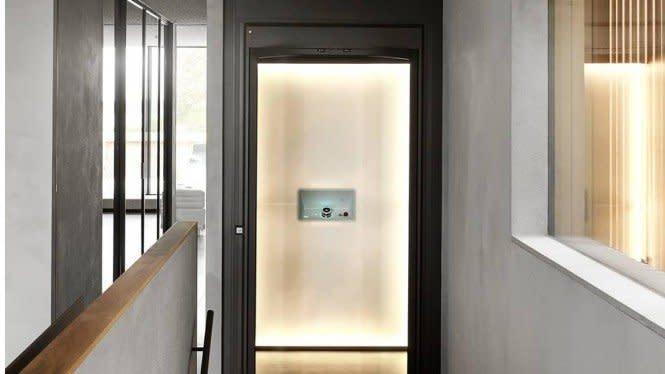 Lift Menjadi Bentuk Seni dalam Rumah