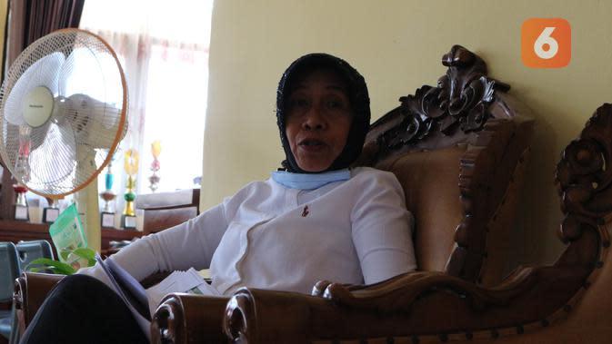 Kadis DPTH Sulteng Trie Iriany Lamakampali saat memberi keterangan seputar penanganan kondisi pertanian pascabencana, di kantornya, Rabu (23/9/2020). (Foto: Liputan6.com/ Heri Susanto).