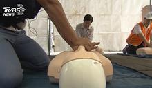 狂壓15分鐘CPR!搶救同事 反遭揚言提告
