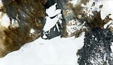北極最大冰架崩裂 113平方公里巨大冰塊脫落