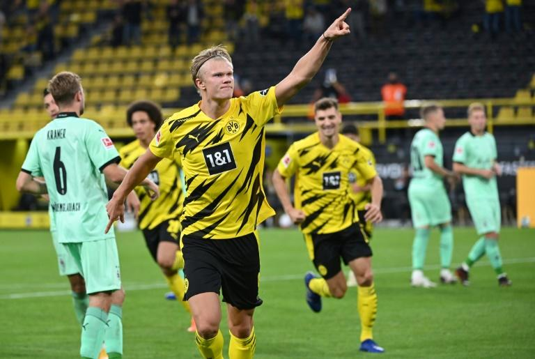 Haaland and Reyna shine as Dortmund youngsters down Gladbach