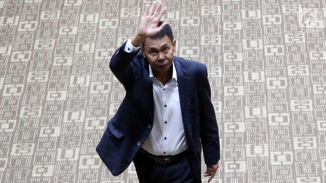 Calon pimpinan KPK Nawawi Pomolango usai menjalani uji kelayakan dan kepatutan (fit and proper test) di ruang rapat Komisi III DPR RI, Jakarta, Rabu (11/9/2019). Nawawi Pomolango merupakan seorang hakim. (Liputan6.com/JohanTallo)