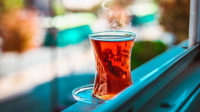 ilustrasi manfaat minuman teh kunyit untuk kesehatan tubuh yang jarang diketahui/Hasan Albari/pexels