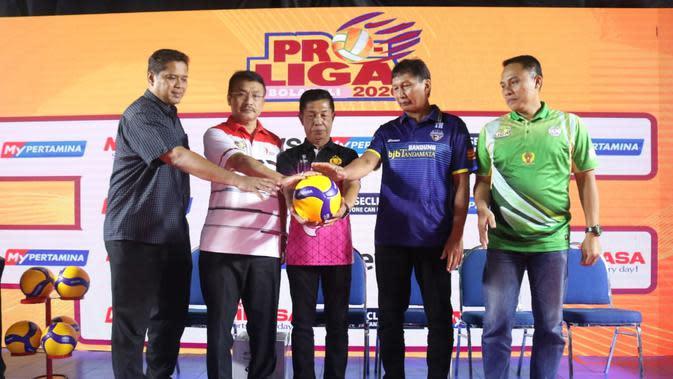 Perwakilan para peserta Proliga 2020 dalam acara jumpa pers di kantor PBVSI, Pancoran, Jakarta. (foto: PBVSI)