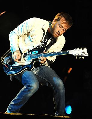 Dan Auerbach Produces Track for 'Nashville'