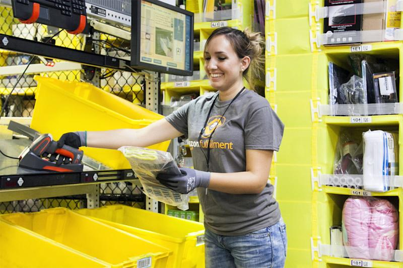 Amazon raises overtime pay for warehouse workers, but holds back one benefit