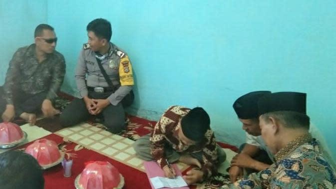 Viral Sepasang Pengantin Menikah via Video Call Gara-Gara Virus Corona