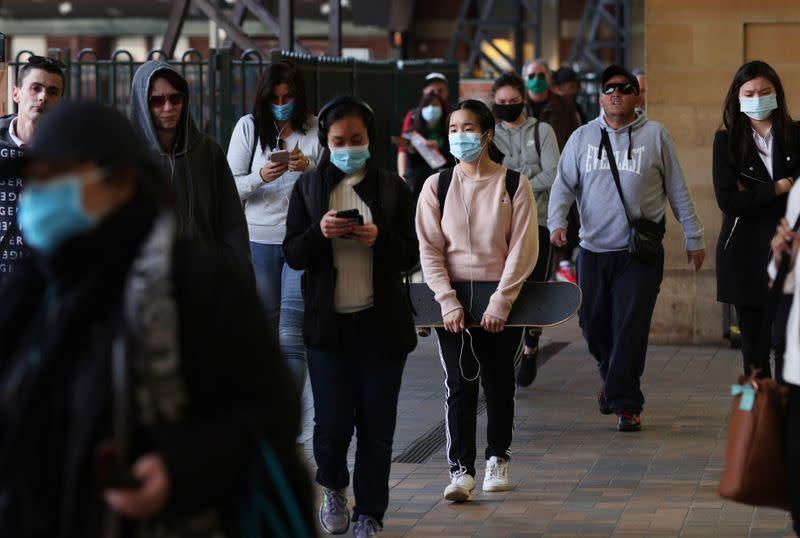 Australia mengunci kesepakatan vaksin virus corona saat kasus baru mereda