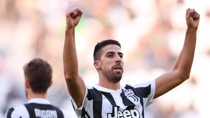 Sami Khedira turut menyumbang gol saat Juventus membantai Sassuolo (MARCO BERTORELLO / AFP)