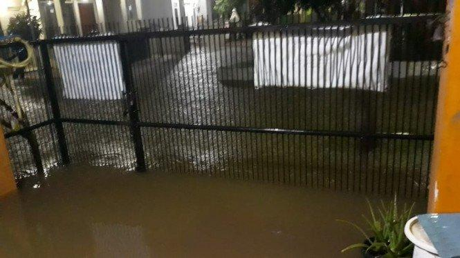 Hujan Deras, Depok Dikepung Banjir