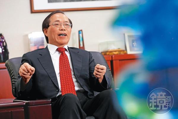 嘉義溪口農村出生的謝繼茂,一路從基層躍升中華電信掌門人。