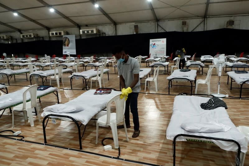 India reports record rise in coronavirus cases; Delhi cancels all medical staff leave