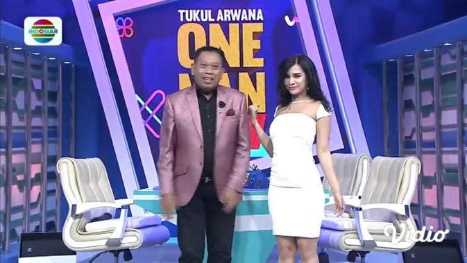 Tonton LIVE Streaming Indosiar Tukul Arwana One Man Show: Buang Duit Demi Cantik Bersama Rency Milano dan Mpok Atiek, Selasa 18 Agustus 2020