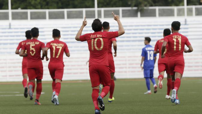 Gelandang Timnas Indonesia U-22, Egy Maulana, merayakan gol yang dicetaknya ke gawang Thailand pada laga SEA Games 2019 di Stadion Rizal Memorial, Manila, Selasa (26/11). Indonesia menang 2-0 atas Thailand. (Bola.com/M Iqbal Ichsan)