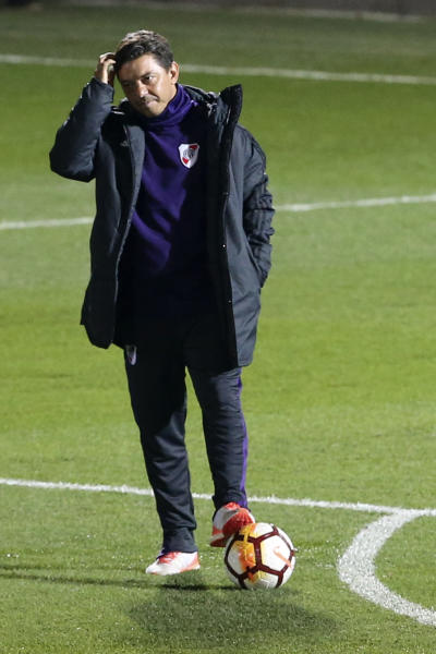 River Plate coach Marcelo Gallardo gestures during a training session in Madrid, Spain, Thursday, Dec. 6, 2018. The Copa Libertadores Final will be played on Dec. 9 in Spain at Real Madrid's stadium for security reasons after River Plate fans last Saturday attacked the Boca Junior team bus heading into the Buenos Aires stadium for the meeting of Argentina's fiercest soccer rivals. (AP Photo/Andrea Comas)