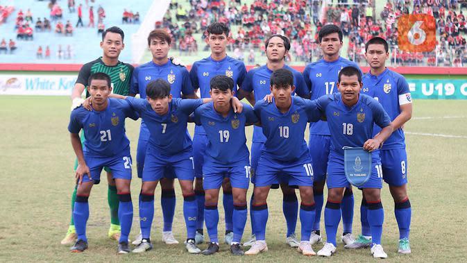 Suphanat Mueanta (10) saat tampil di Piala AFF U-18 2018 bersama Timnas Thailand U-18. (Bola.com/Aditya Wany)