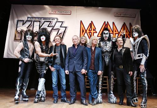 Kiss and Def Leppard Chart Summer Tour