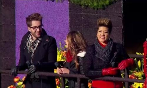 'The Voice' Rose Parade Float Totally Sinks