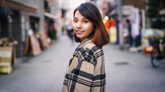 ilustrasi perempuan/Photo by Xtra, Inc. on Unsplash