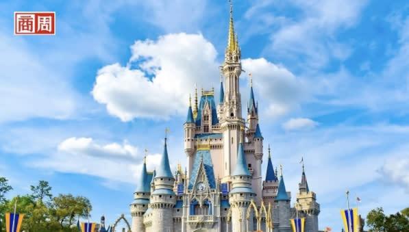 花錢買股票,卻跟公司說不要發股息,真的有這樣的投資人嗎?娛樂巨頭迪士尼(Disney)日前就遇上這樣一種行動派投資人(activist investor),竟然主動致信給執行長查佩克(Bob Chapek),要迪士尼永久取消每年30億美元的股息配發,改把這筆錢轉去投資Disney+串流影音服務。