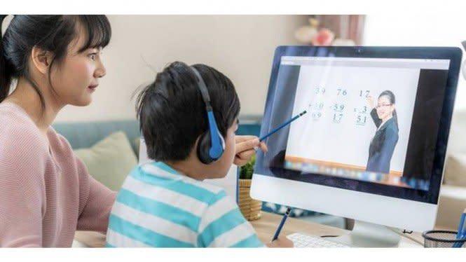 Pusing Ajari Anak Belajar Online, Ini Tips Para Ibu Latih Kesabaran