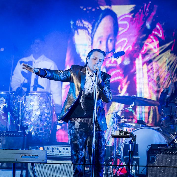 Arcade Fire Light Up the L.A. Night With Rooftop 'Reflektor' Party
