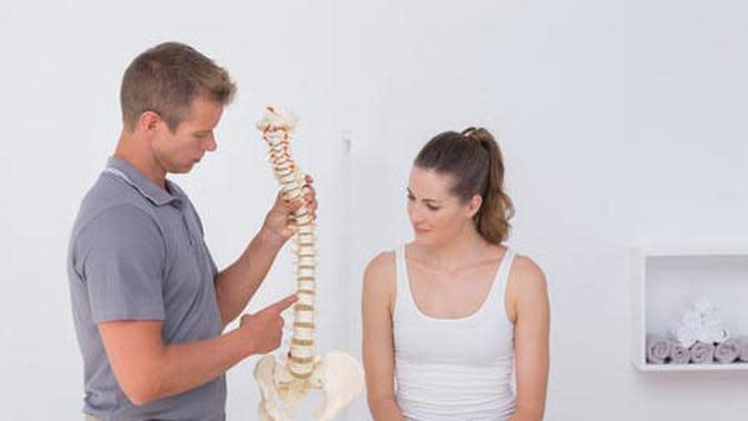 Menjaga Kesehatan Tulang Belakang, Bagaimana Caranya?