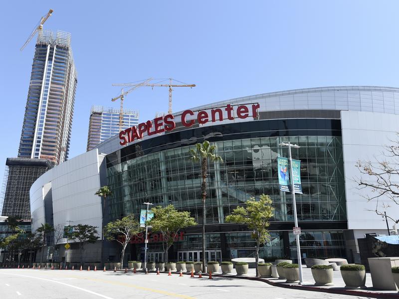道路更名 Staples Center旁道路命名「布萊恩大道」