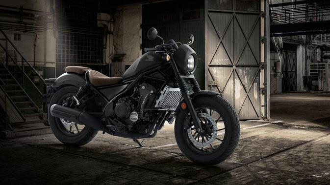 Resmi memeriahkan pasar otomotif Thailand, Honda Rebel 500 Bobber Supreme Edition mendapat beberapa perubahan