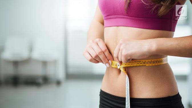 Ada enam cara jitu yang bisa Anda coba untuk membantu hilangkan lipatan-lipatan lemak yang ada di tubuh. Apa saja? (Foto: iStockphoto)