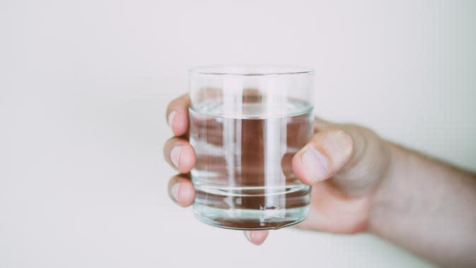 Ilustrasi Air Putih Credit: pexels.com/LisaFotius