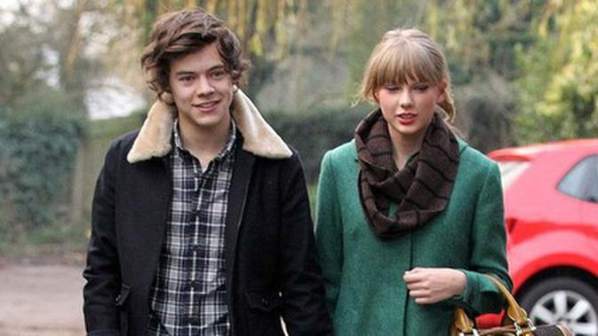 Foto Taylor Swift – Harry Styles Credit: Kapanlagi.com/fameflynet