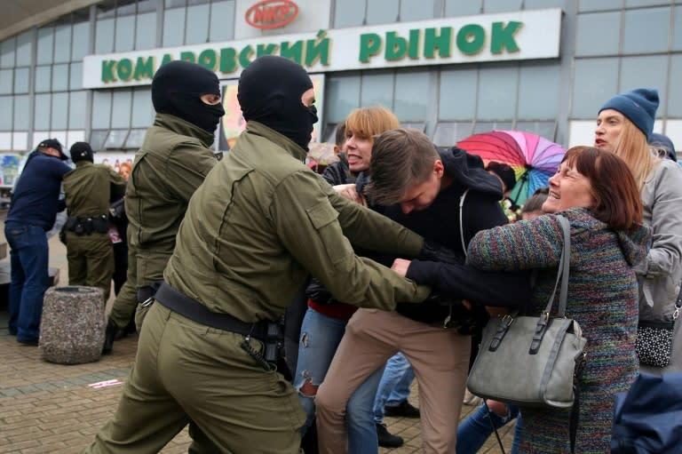Defiant Belarus protesters set to march despite crackdown