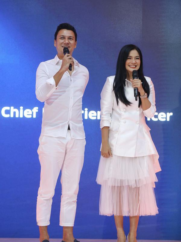 Christian Sugiono dan Titi Kamal. (Nurwahyunan/Fimela.com)