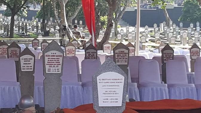 Selain Ainun, Makam BJ Habibie Juga di Dekat Ani Yudhoyono