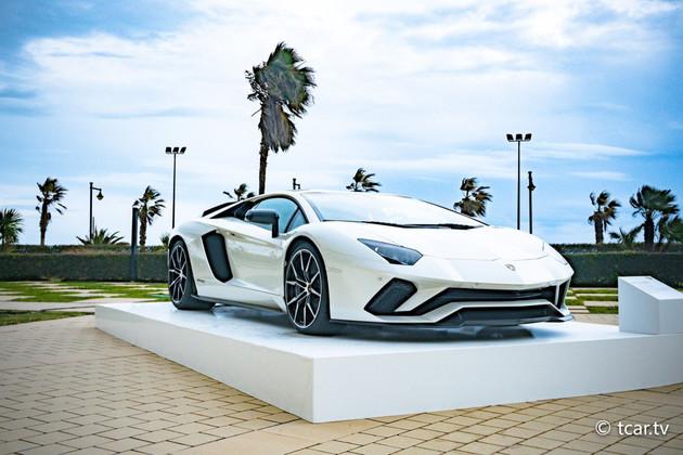 Lamborghini Aventador S 自信延展機