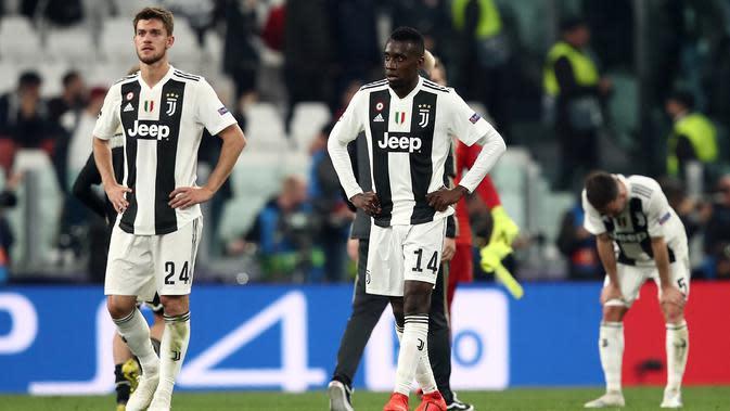 Foto file diambil pada 16 April 2019. Bek Juventus, Daniele Rugani, saat menghadapi Ajax Amsterdam pada laga Liga Champions di Turin. Rugani dinyatakan positif terkena virus corona, yang diumumkan klub Juventus pada 11 Maret 2020. (AFP/Isabella Bonotto)