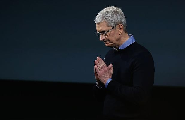 Apple CEO Tim Cook's Pay Dropped 26% in 2019