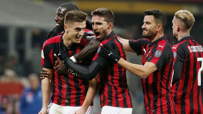 AC Milan masih belum menemukan komposisi terbaiknya di musim ini (AP/Antonio Calanni)
