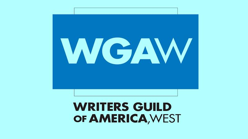 'Fashion Police' Writer Expelled From Writers Guild