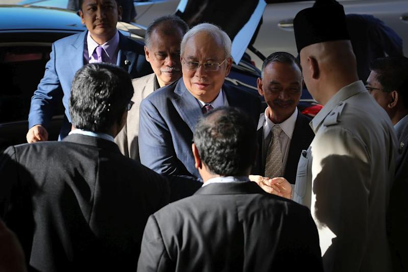 Datuk Seri Najib Razak arrives at the Kuala Lumpur High Court February 25, 2020. — Picture by Yusof Mat Isa