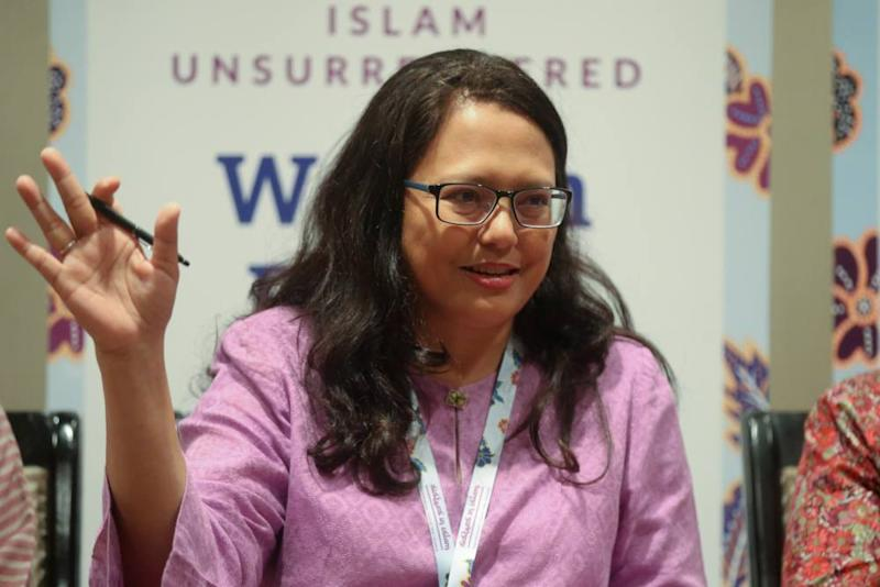 Executive director of Sisters in Islam (SIS) Rozana Isa speaks during a press conference in Kuala Lumpur October 15, 2019. ― Picture by Firdaus Latif