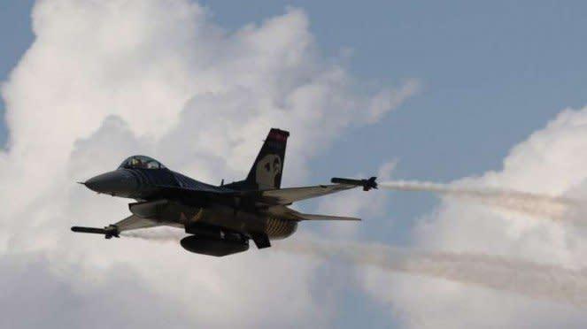 VIVA Militer: Jet tempur F-16 Angkatan Udara Turki (THK)