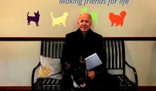 白宮未來第一寵物「闖禍」 拜登和愛犬玩扭傷腳踝