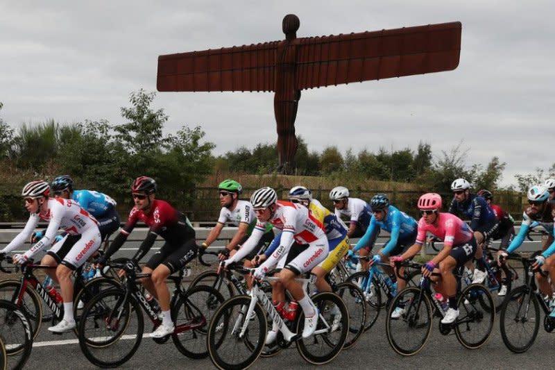 Tour of Britain diundur tahun depan