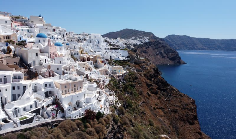 England adds seven Greek islands to coronavirus quarantine list
