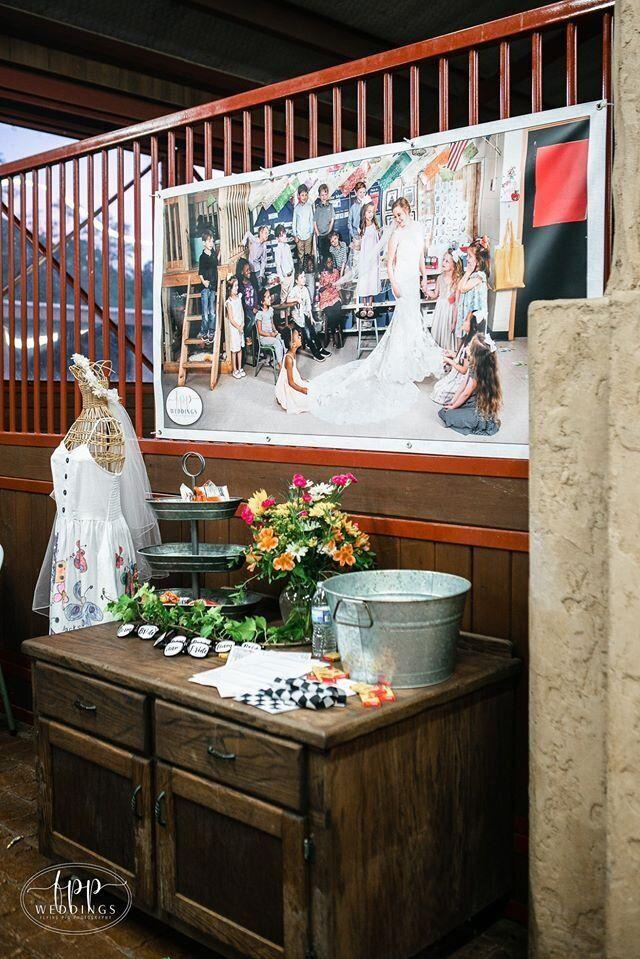 "At Smith's wedding, she set up a table dedicated to her students.  (Photo: <a href=""https://www.facebook.com/flyingpigphotos/"" target=""_blank"">FLYING PIG PHOTOGRAPHY</a>)"