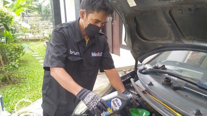 Catat, Mobil Jarang Dipakai Tetap Wajib Ganti Oli